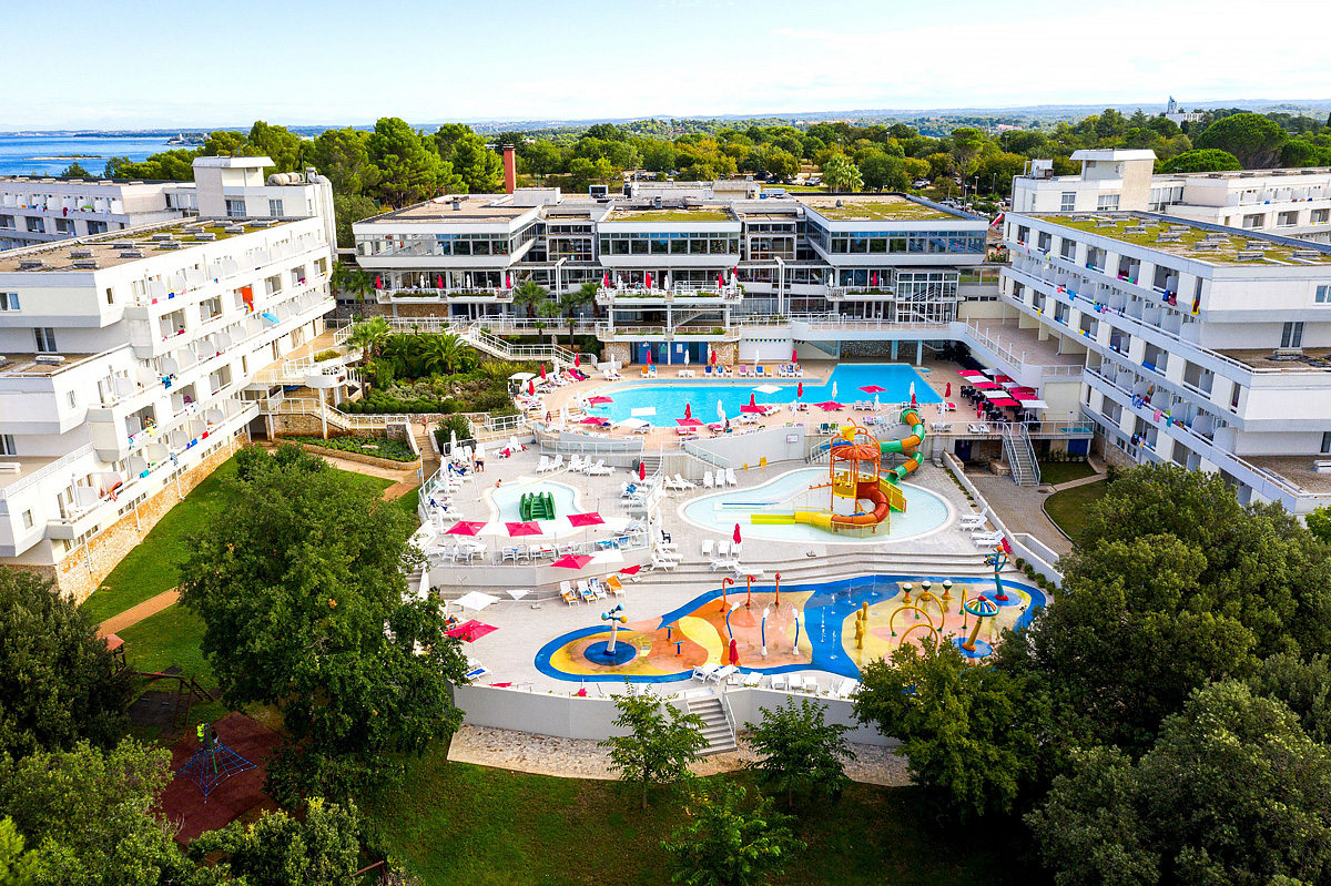 Chorvátsko (Istria) - dovolenka - HOTEL DELFIN