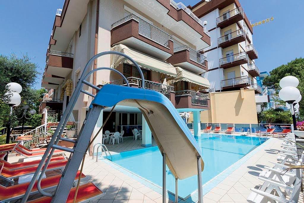 Taliansko (Južný Jadran) - dovolenka - HOTEL COSMOS